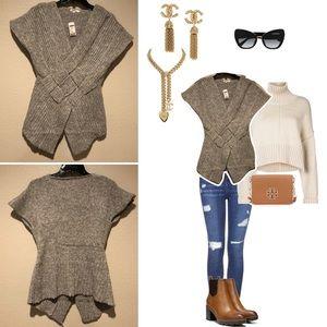 Gray sweater 🤍